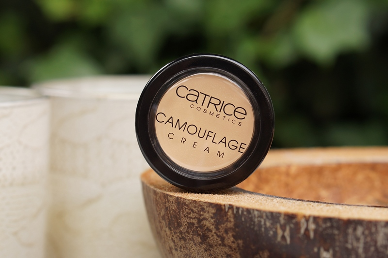 Catrice-Camouflage-Cream-Concealer-Ivory- (5)